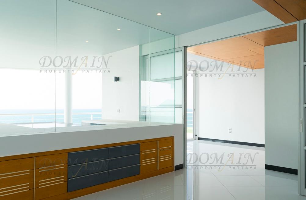 beachfront penthouse in jomtien Condominiums for sale in Jomtien Pattaya